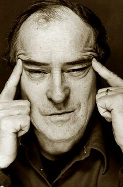 Bernardo Bertolucci: A cosa serve il cinema? (2002)